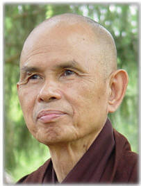 thich-nhat-hanh. iedere stap is vrede, peace is every step